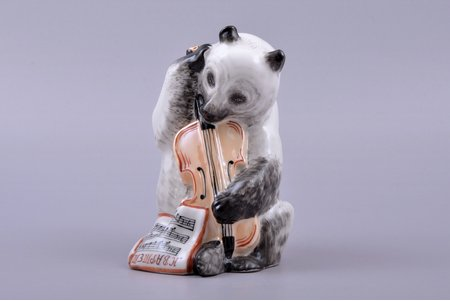 "figurine, a Bear with a Double Bass (from the serie of ""the Quartet"" figurines), porcelain, USSR, LFZ - Lomonosov porcelain factory, molder - B.Y. Vorobyev, the 50ies of 20th cent., h 13.4 cm"