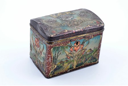 """box, tea, partnership """"Brothers K and S Popov"""" in Moscow, metal, Russia, the end of the 19th century, 9.5 x 12.5 x 8 cm"""