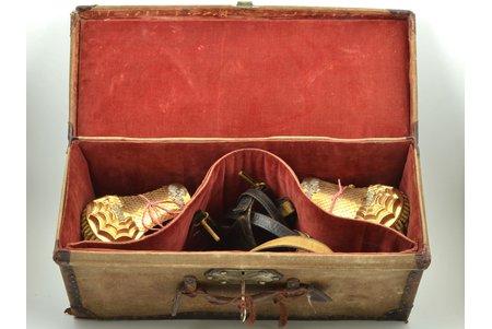 комплект, эполеты и ремень морского медицинского офицера, Италия, в коробке, размеры коробки 53 x 21 x 21.5 см