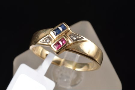 a ring, gold, 585 standart, 3.15 g., the size of the ring 17.5, diamonds, ruby, sapphire, size of ruby, sapphire ~1.5 x 1.5 mm