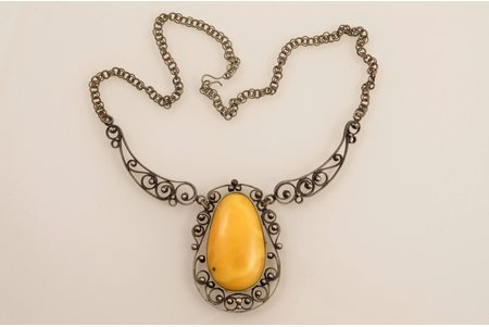 a pendant, amber, necklace length 43.5 cm, amber size 3.9 x 2.3 cm