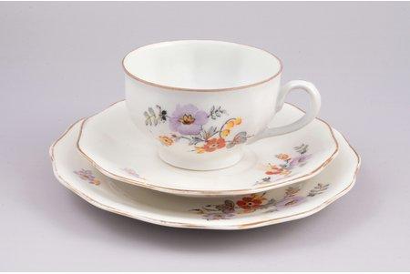 tea trio, porcelain, J.K. Jessen manufactory, Riga (Latvia), 1934-1940, Ø (small plate) 18.5 cm, Ø (plate) 15.5 cm, h (cup) 6 cm