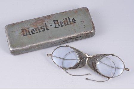 brilles, Dienst-Brille, Trešais Reihs, Vācija, 20 gs. 30-40tie gadi, futlārī