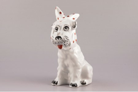 figurine, Dog with a kerchief, porcelain, Riga (Latvia), USSR, sculpture's work, molder - Taisija  Poluikeviča, the 70-80ies of 20th cent., 17.6 cm