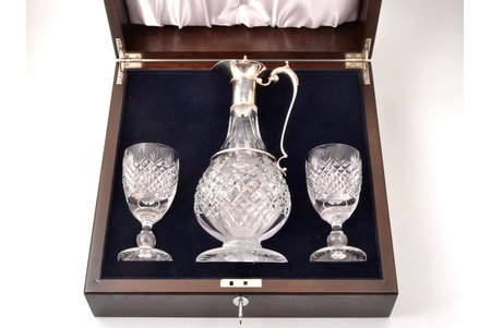 set of carafe and 2 wine glasses, silver, 925 standart, crystal, 1999-2000, Great Britain, h (carafe) 32 cm, h (wine glass) 15.3 cm, in a box, with key; total weight with box 8.95 kg