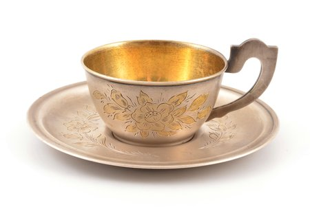 tea pair, silver, 875 standart, engraving, gilding, 1954, total weight of items 97.95g, artel named after V.M. Molotov, USSR, h (cup with handle) 4.3 cm, Ø (saucer) 10.7 cm