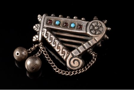 """a brooch, """"Kokle"""", silver, 6.67 g., the item's dimensions 2.9 x 3.9 cm"""
