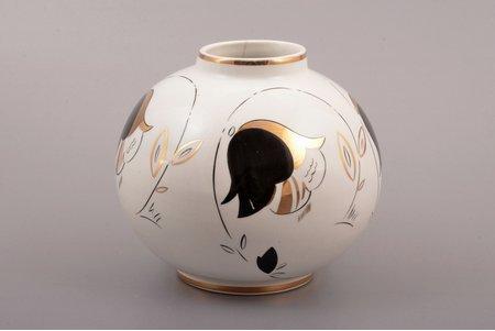 vase, faience, M.S. Kuznetsov manufactory, signed painter's work, handpainted by Romans Suta, Riga (Latvia), 1934-1940, h 11.4 cm, second grade, hairline crack