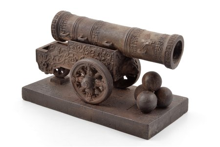 "sculpture, ""Tsar Cannon"", model by V.P. Kreitan, cast iron, 14.8 x 24.2 x 12 cm, weight 3450 g., USSR, Kasli, the 20ties of 20th cent."