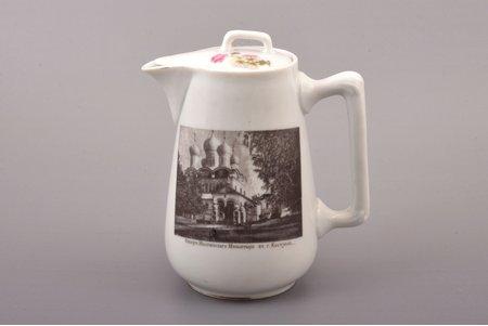 """krējumtrauks, """"Ipatjeva klostera katedrāle Kostromas pilsētā"""", porcelāns, M. S. Kuzņecova biedrība Maskavā, Krievijas impērija, 1889-1917 g., h 15.4 cm"""