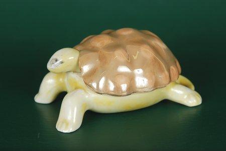 statuete, Sinepju trauciņš - bruņurupucis, porcelāns, Rīga (Latvija), J.K.Jessen rūpnīca, 20 gs. 30tie gadi