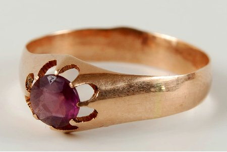 gold, 56 standart, 3.0 g., the size of the ring ~ 20, the beginning of the 20th cent., Russia
