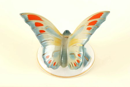 figurine, Butterfly, porcelain, Riga (Latvia), USSR, Riga porcelain factory, the 50ies of 20th cent., manufacturer's chip  covered with glaze