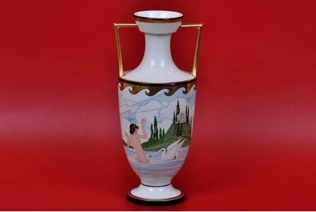 "ваза, ""Леда и лебедь"", мастерская Буртниекс, Рига (Латвия), 30-е годы 20го века, 21.5 см, эскиз Сигизмунда Видберга"